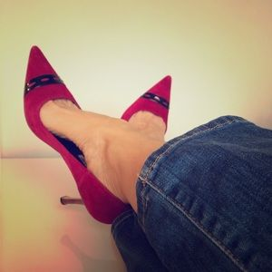 Authentic Manolo Blahnik vintage suede heels